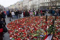 Semi-circle of mourning people on Wenceslas Square Stock Photography