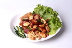 Semi e pollo fritti piccanti della giaca con la pasta arrostita del peperoncino rosso fotografia stock libera da diritti