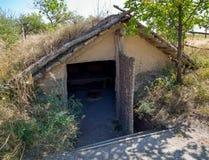 Semi-granjero con un tejado de aguilón foto de archivo libre de regalías