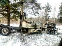 Semi quemado camión fotografía de archivo libre de regalías