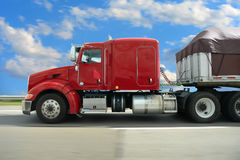 Semi Truck on Highway Royalty Free Stock Photos