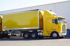 Semi vrachtwagen royalty-vrije stock foto