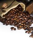 Semilla del café con la amoladora fotografía de archivo libre de regalías