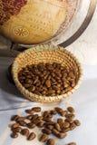Semillas de la chirimoya en cesta Imagen de archivo