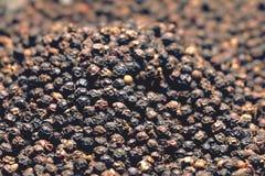 Semillas de la pimienta negra Imágenes de archivo libres de regalías
