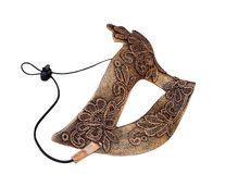 Semimaschera veneziana bronzea di carnevale isolata su fondo bianco Immagini Stock