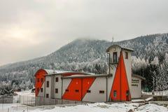 Semmering, Αυστρία: οικοδόμηση της εθελοντικής πυροσβεστικής να κάνει σκι kurort στοκ εικόνα με δικαίωμα ελεύθερης χρήσης