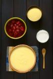 Semolina πουτίγκα με τις φράουλες Στοκ φωτογραφία με δικαίωμα ελεύθερης χρήσης