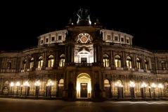 Semper opera Semperoper nocą, Drezdeńską, Saxony, Niemcy Zdjęcia Stock