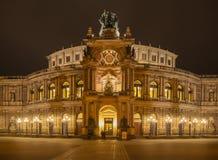 Semperoper Dresden nattskott Arkivbilder