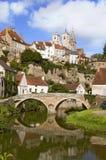 Semur-Engels-Auxois in Bourgondië Frankrijk Royalty-vrije Stock Foto's