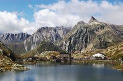 Sen-Bernard passaggio, alpi svizzere Fotografia Stock Libera da Diritti