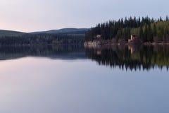sen fridsam tid för lake Arkivfoton