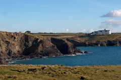 Gunwalloe kyrklig Cove Arkivbild