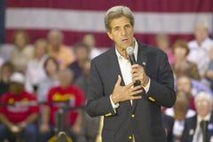 Senador John Kerry que se dirige a la audiencia de mayores en el centro del Rec de la opinión del valle, Henderson, nanovoltio Imagenes de archivo