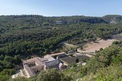 Senanque修道院和修道院鸟瞰图  免版税库存照片