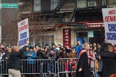 Senator Chuck Schumer @ de Chinese het Nieuwjaarviering van 2014 in NYC Stock Foto's