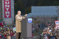 Senator John Glenn addresses the crowd during a mid-October bus tour through rural southern Ohio, Kerry visits a small farm in sou Royalty Free Stock Photos