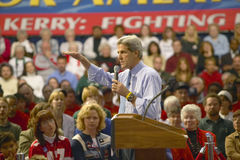 Senator John Kerry addresses audience of supporters at a southern Ohio high school gymnasium in 2004 Stock Image