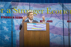 Senator John Kerry at podium of major policy address on the economy, CSU- Dominguez Hills, Los Angeles, CA Stock Photos