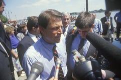Senatorn Al Gore på den Clinton/levrat blodBuscapade aktionen 1992 turnerar i Toledo, Ohio royaltyfria bilder