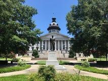Senatorn Strom Thurman Statue framme av den södra Carolina State House arkivbilder