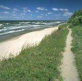 Senda para peatones en la playa Imagen de archivo