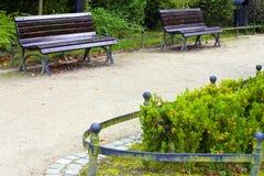 Senda para peatones en parque Imagen de archivo libre de regalías