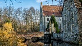 Senden, Coesfeld, Munsterland December 2017 - Watercastle Wasserschloss Schloss Senden tijdens zonnige dag in de Winter Stock Foto's