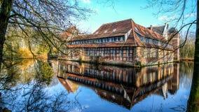 Senden Coesfeld, Musterland December 2017 - Watercastle Wasserschloss Schloss Senden under solig dag i vinter Fotografering för Bildbyråer