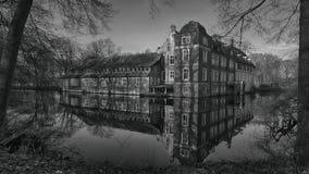 Senden Coesfeld, Musterland December 2017 - Watercastle Wasserschloss Schloss Senden under solig dag i vinter Arkivbild