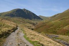 Sendero a la montaña de Helvellyn cerca de Glenridding fotos de archivo