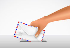 Sending a letter in an envelope Royalty Free Stock Photos