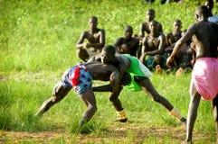 SENEGAL, WRZESIEŃ - 19: Mężczyzna w tradycyjnej walce (mocuje się fotografia royalty free
