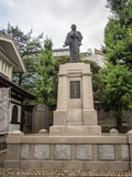 Sengakuji tempel, Tokyo, Japan, staty av Oishi Kuranosuke, gravar av 47 Ronins Royaltyfri Foto