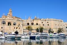 Senglea strandbyggnader, Malta Royaltyfria Foton