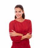 Senhora adulta alegre com braços cruzados Fotos de Stock