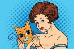 Senhora bonita com gatos da máscara Fotos de Stock