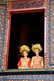 Senhora branca no custume tradicional imagem de stock