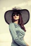 Senhora com encanto Imagem de Stock Royalty Free