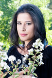 Senhora com flores Fotos de Stock