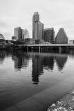 Senhora do centro Bird Lake Austin do vertical, Texas, EUA fotos de stock royalty free