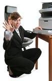 Senhora do negócio com uma impressora fotografia de stock