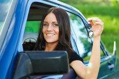 Senhora e carro Fotografia de Stock