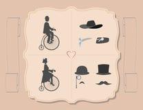 A senhora e o cavalheiro no ciclismo Imagem de Stock Royalty Free