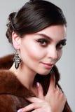 Senhora em um casaco de pele Fotos de Stock Royalty Free