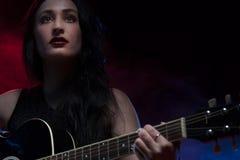 Senhora Guitarist imagem de stock royalty free