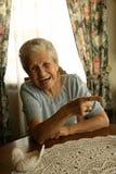 Senhora idosa de riso Fotos de Stock Royalty Free
