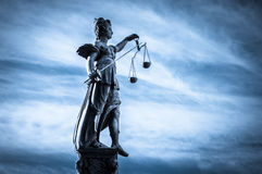 Senhora Justiça In Frankfurt, Alemanha Imagens de Stock