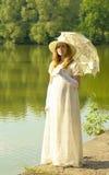 Senhora no branco Imagem de Stock Royalty Free